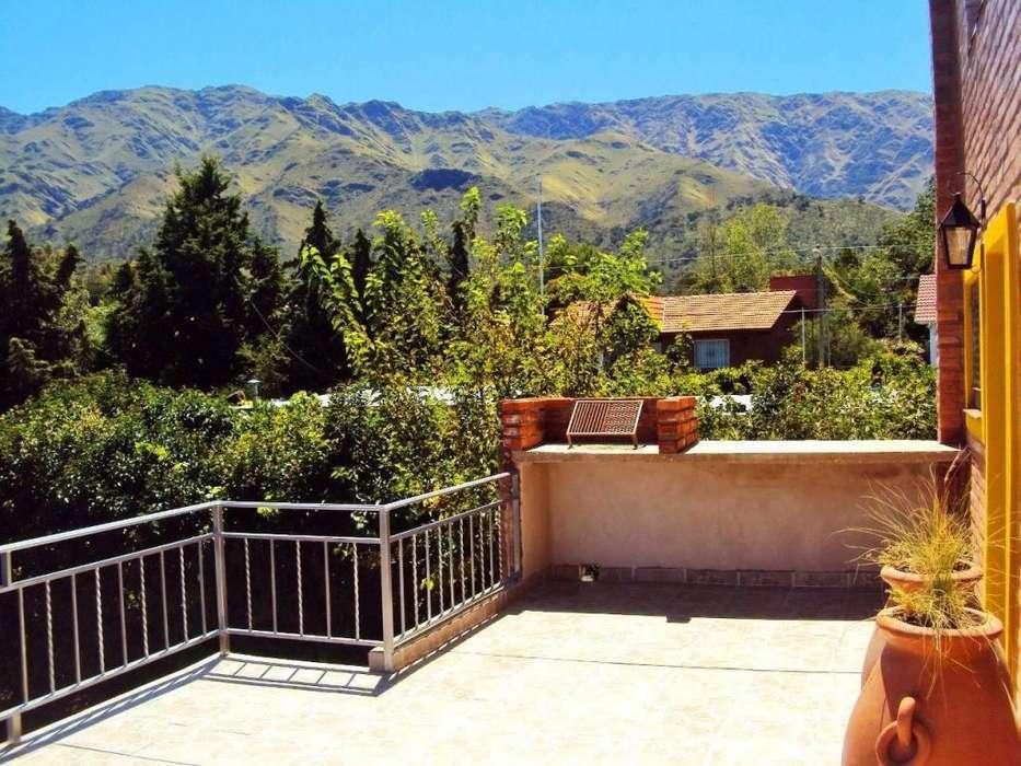 df49 - Casa para 2 a 5 personas con cochera en Villa De Merlo