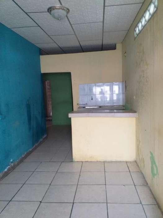 Casa 10% Enlucido Norte de Guayaquil
