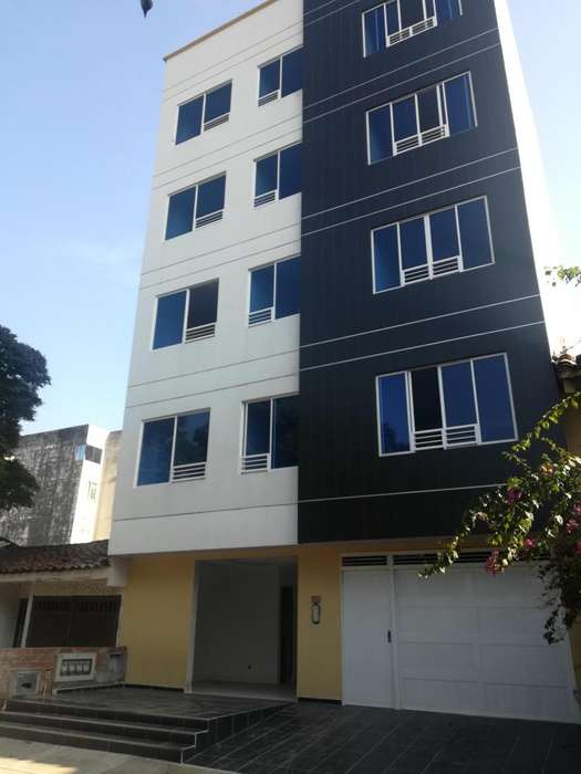 Alquilo bonitos apartamentos en El Limonar, para estrenar, excelente ubicacion
