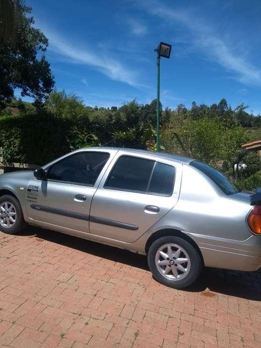 Renault Symbol 2003 - 1958300 km