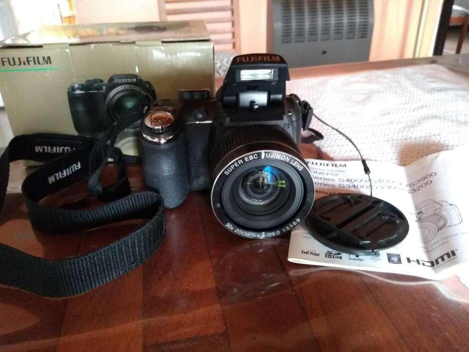 Camara Fujifilm Finepix S4000 30x