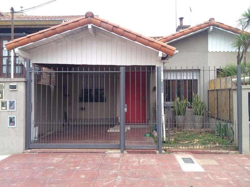 Casa en Venta en , Tres de febrero US 195000
