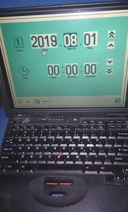 NOTEBOOK IBM THINK PAD 600EPANTALLA FUNCIONA TIRA ERRORES SIN DISCO NI MEMORIA