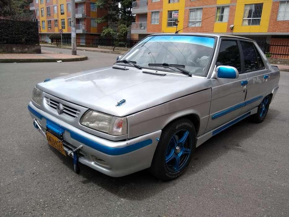 Renault R9 1999 - 180000 km