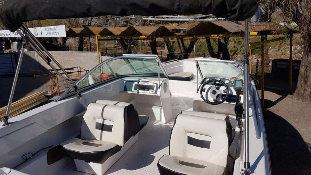 ELECTRA 560 MERCURY 90 HP 4T IMPECABLE