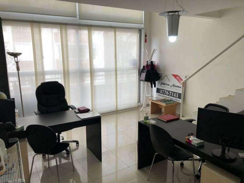 Amplia y luminosa oficina duplex en Las Cañitas