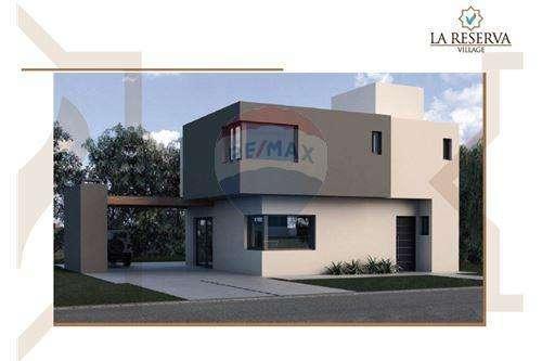 VENDO DUPLEX 3 DORM. - HOUSING en VILLA WARCALDE