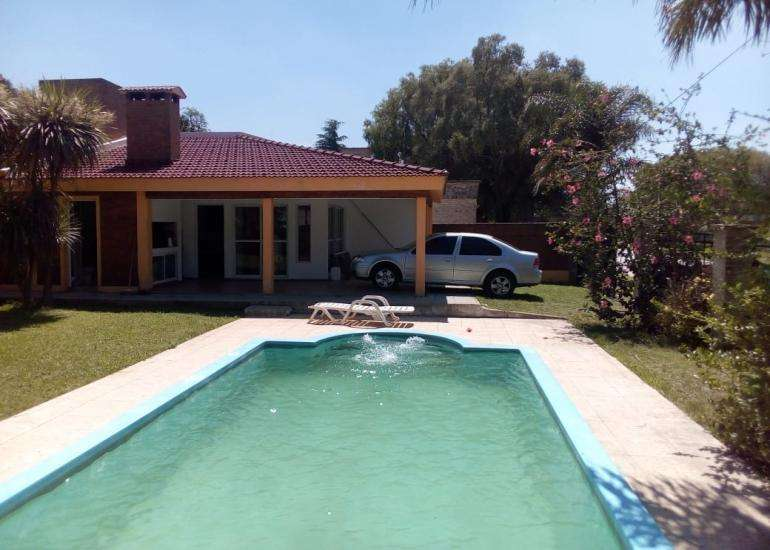 Espectacular casa quinta o permanente en la Villa