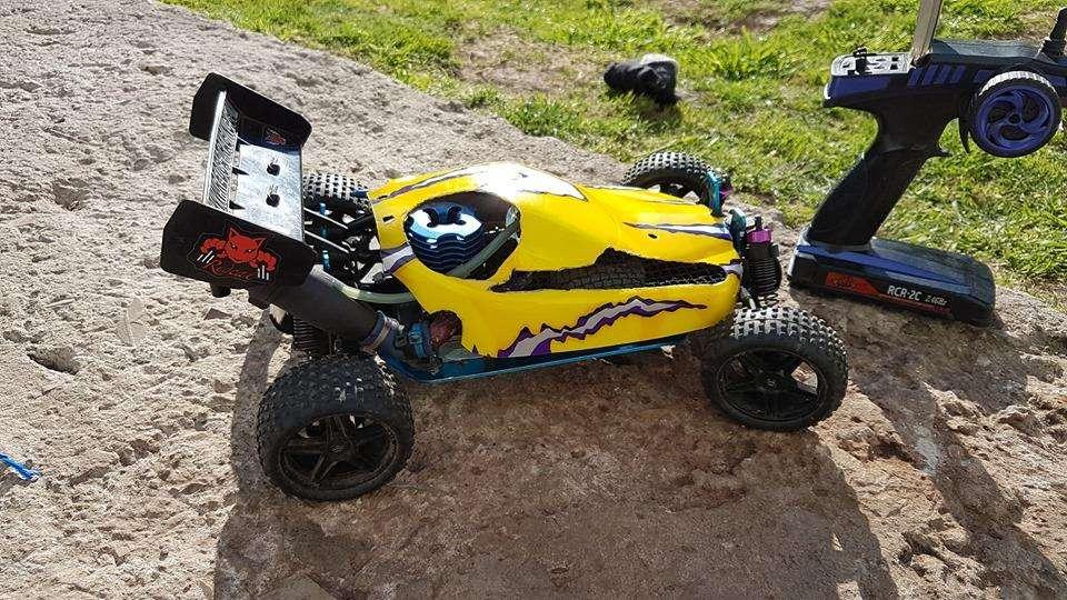 Vendo 2 Buggys 4x4 nitro