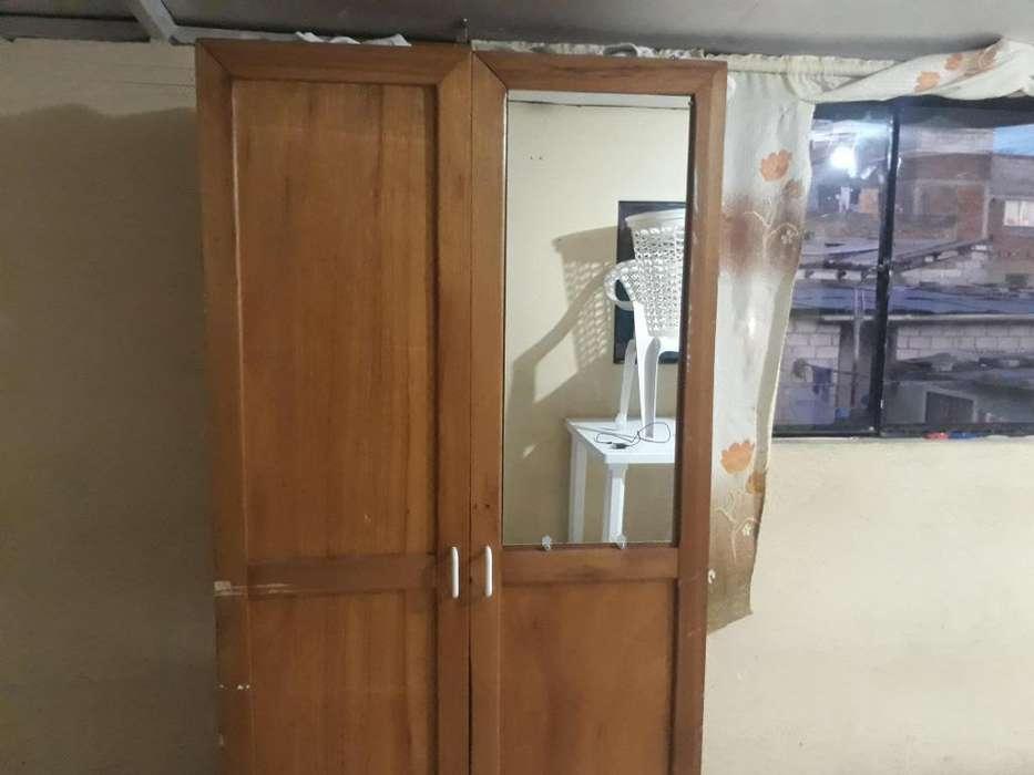 Closet armario con espejo
