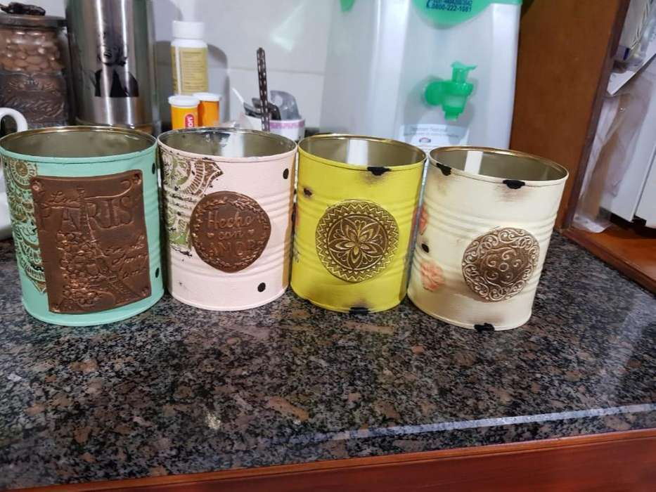 Latas Decoradas Chicas