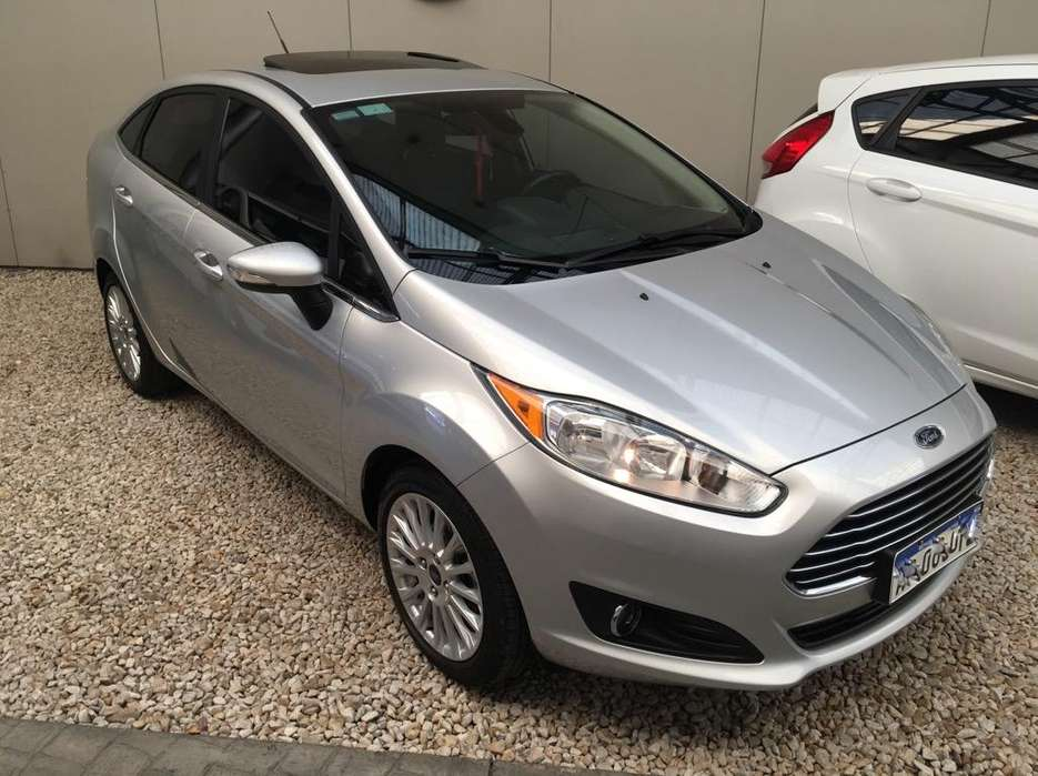 <strong>ford</strong> Fiesta Kinetic Sedán 2017 - 28000 km