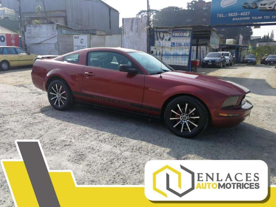 Ford Mustang 2005 - 122500 km