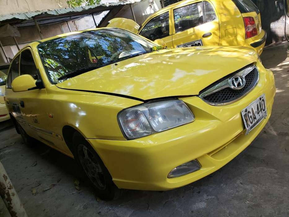Taxi Hyundai Verna