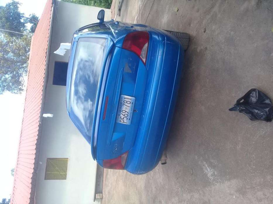 Ford Focus 2001 - 0 km