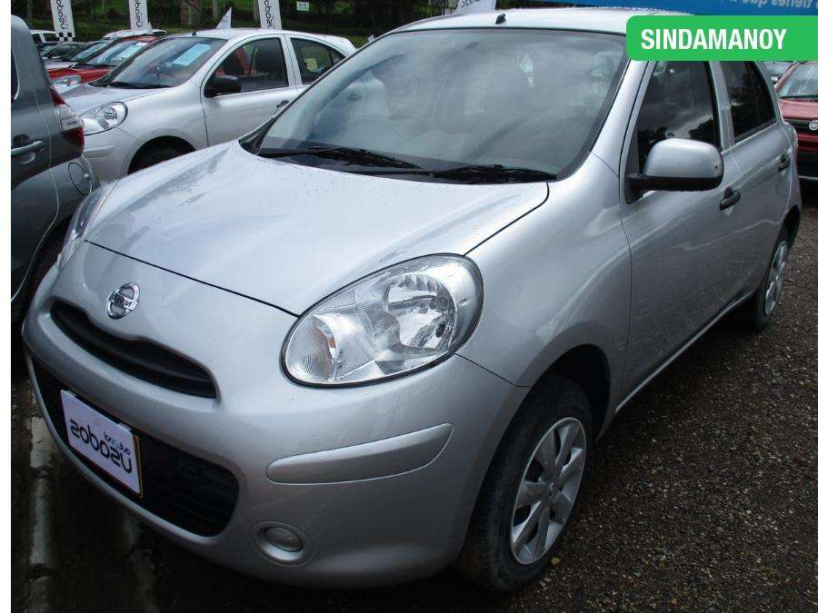 Nissan March 2012 - 56500 km