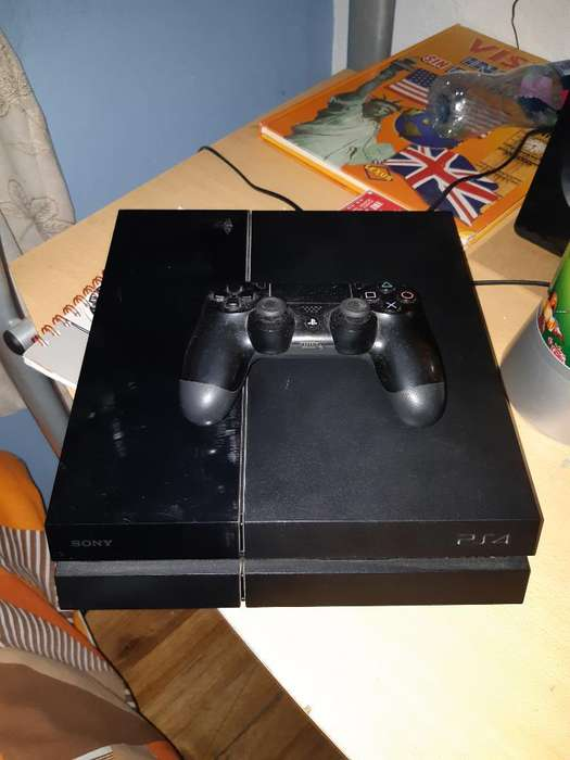 Playstation 4 en Perfecto Estado