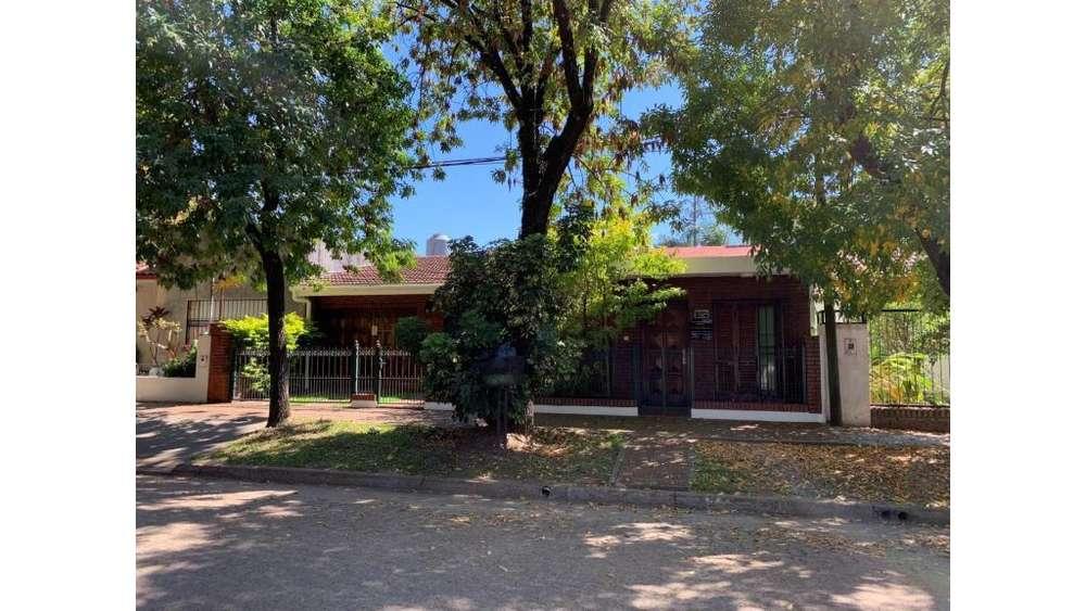 Bolívar 400 - UD 370 - Casa en Venta