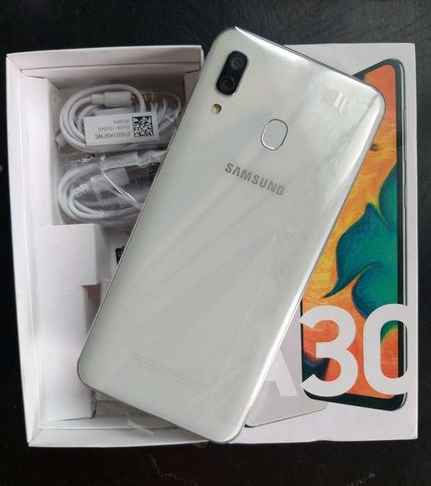 Samsung A30 64gb Nuevo con Todo