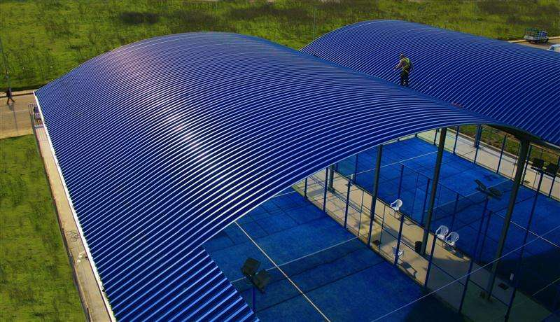 Estructuras metalica techos Cali, Cel: 315 4591973, Cubiertas curvas, en PVC y Policarbonato.