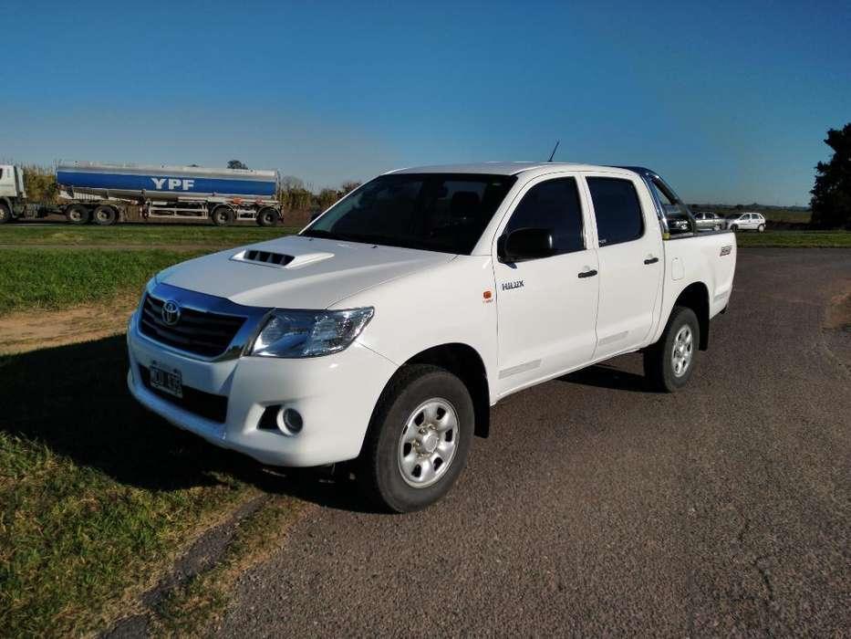 Toyota Hilux 2.5 D4dc 4x2 Dx Pack