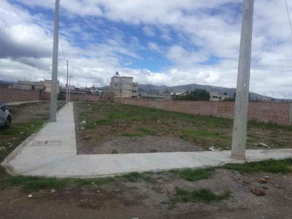 Se vende lotes de terreno en Riobamba Norte, totalmente urbanizados.