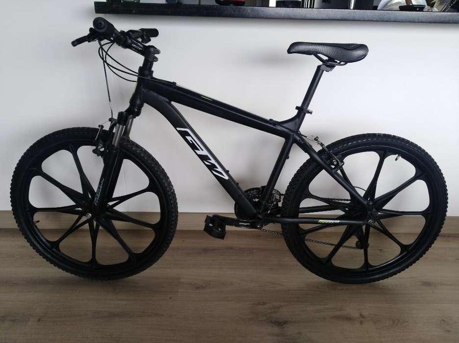 MIS DOS BICICLETAS EN ALUMINIO R-26 y Partes de Bicicleta Aluminio MTB Nuevos y Usados.
