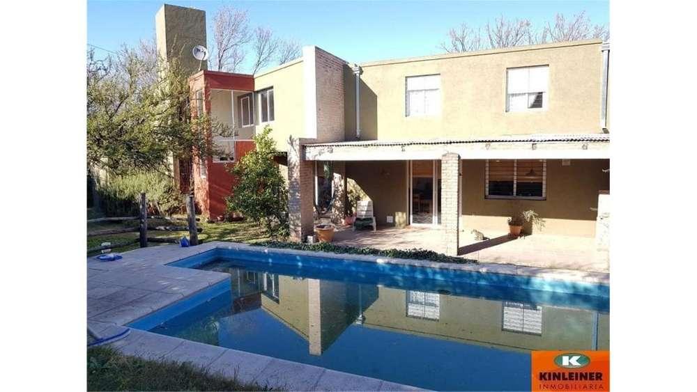 San Fernando Esq . Cerro Lanin 100 - UD 180.000 - Casa en Venta