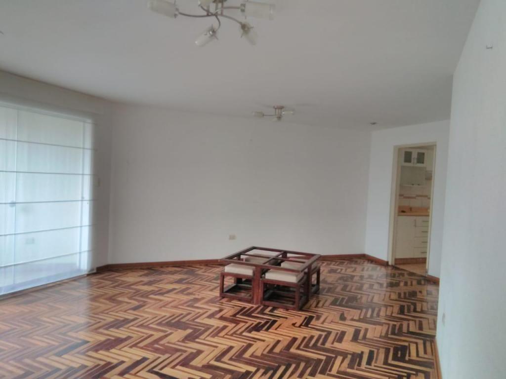 Venta de Departamento en calle Dos, Urb. Monterrico Norte, San Borja