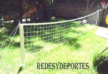 Futbol Tenis de 3 metros parantes , red , cintas demarcadoras