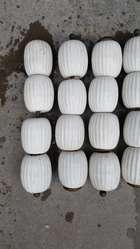Patas de Ceramica Blanca de Mesa Ratona