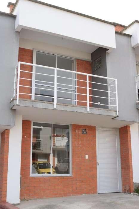 <strong>casa</strong> en Arriendo Balcones Villa Verde