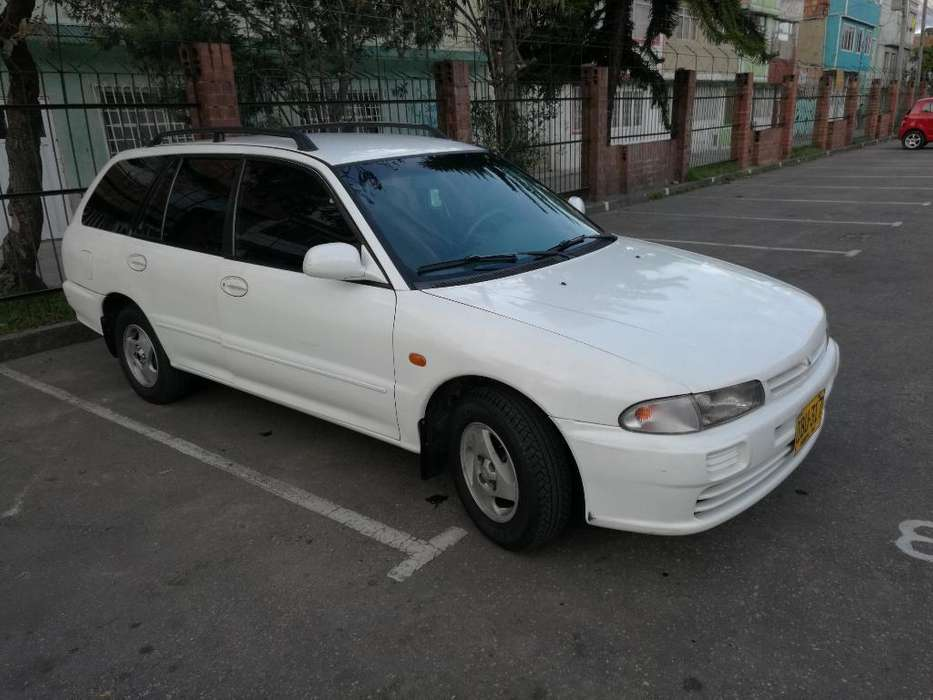 Mitsubishi Lancer 1999 - 200000 km