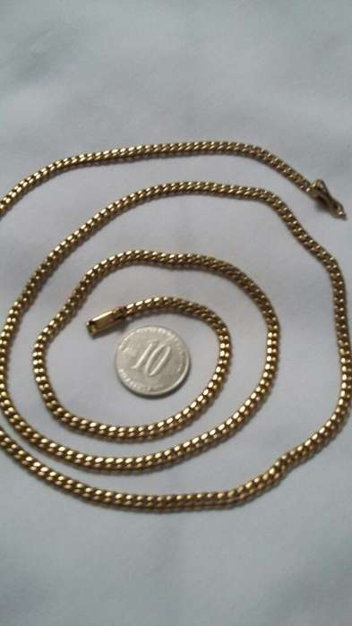 Cadena collar de <strong>oro</strong>