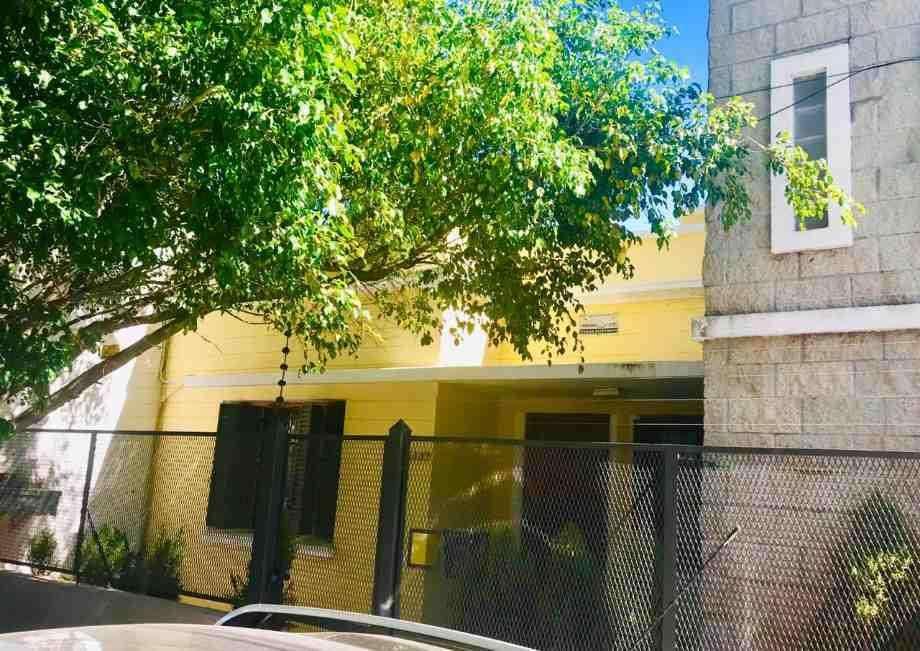 Casa en venta en Quilmes Centro
