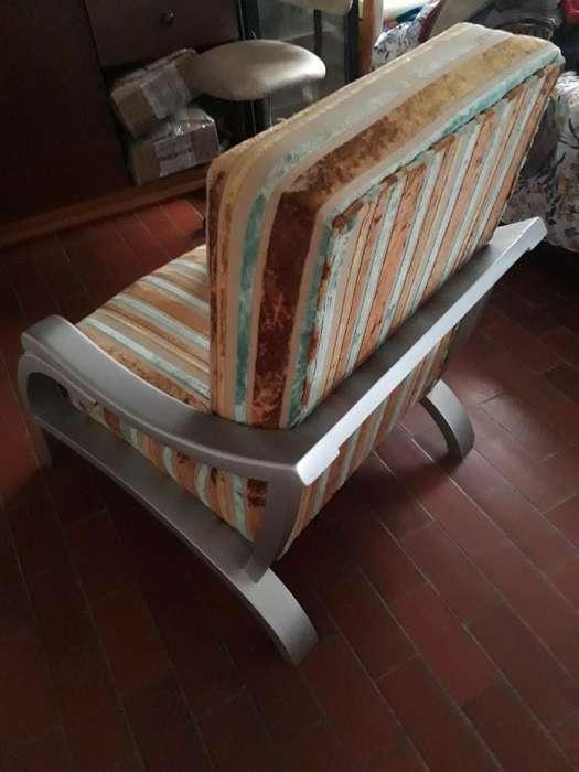 Hermosa <strong>silla</strong> de Estudio