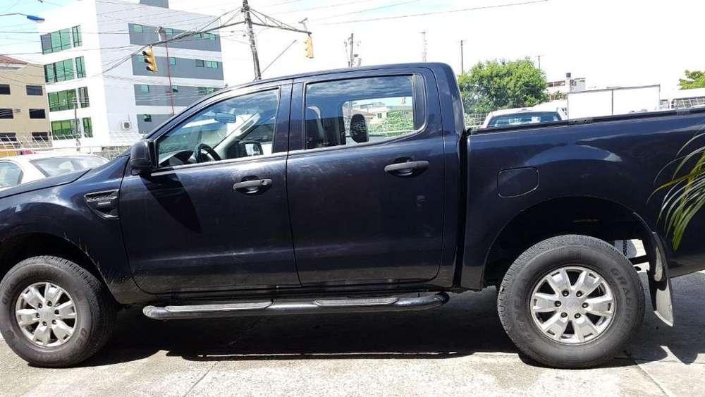 Ford Otro 2014 - 202500 km