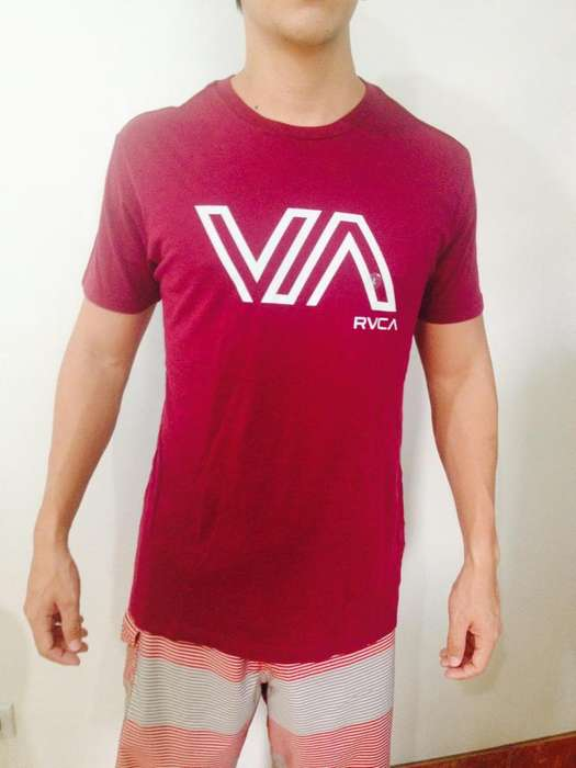 camisetas <strong>vintage</strong> RVCA slim fit
