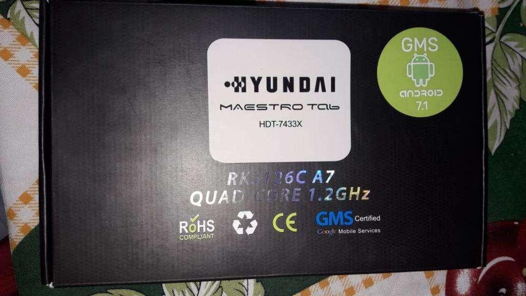 Tablet Hyundai Mas Teclado sin Uso