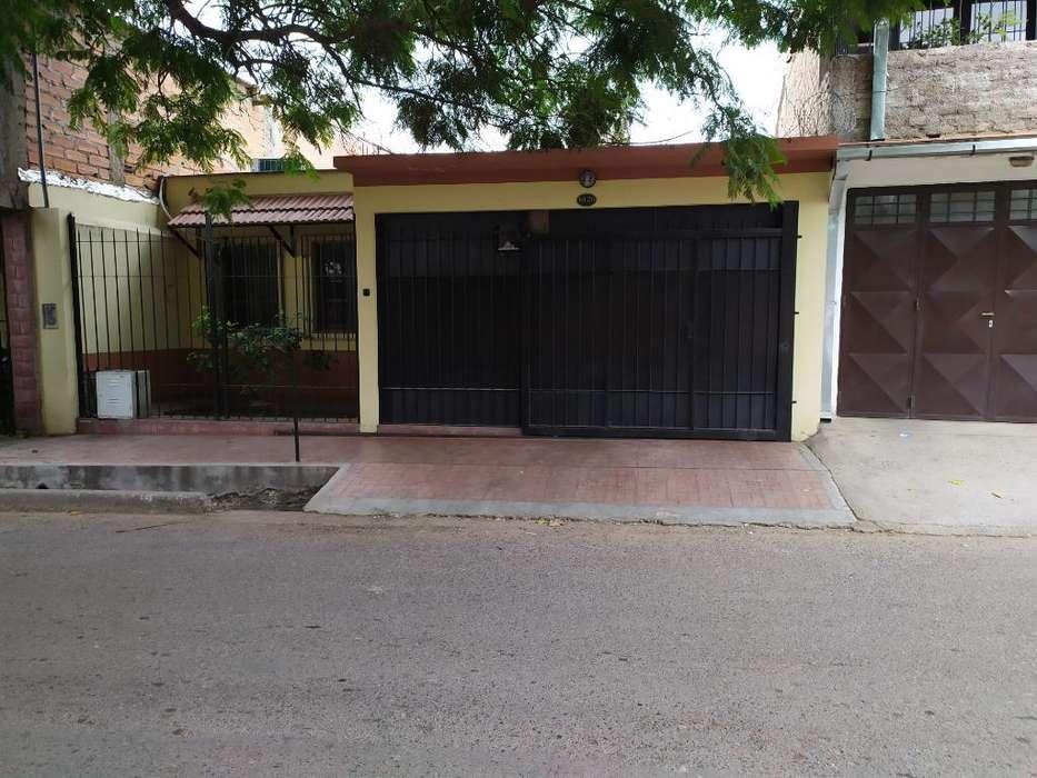 Vendo Casa en Calle Bombal de Las Heras