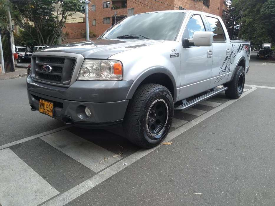 <strong>ford</strong> F-150 2007 - 130000 km