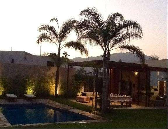 Moderna Casa e 2 plantas en Venta en La Molina - Urb. La Planicie