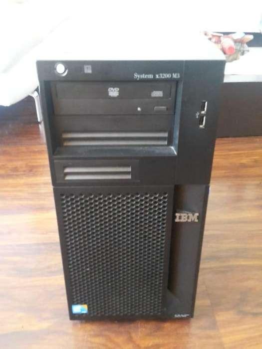 Servidor IBM SystemX 3200 M3