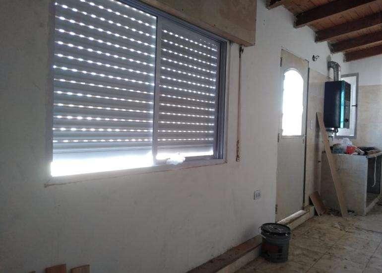 Alquiler Dpto un dormitorio con cochera. Garibaldi y Paraguay.