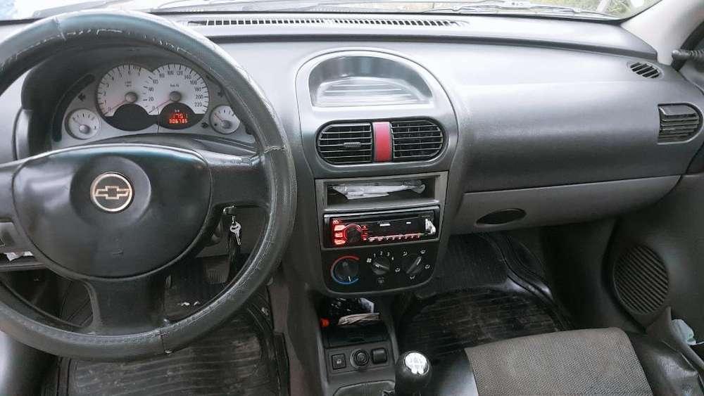 Chevrolet Corsa 2004 - 300000 km