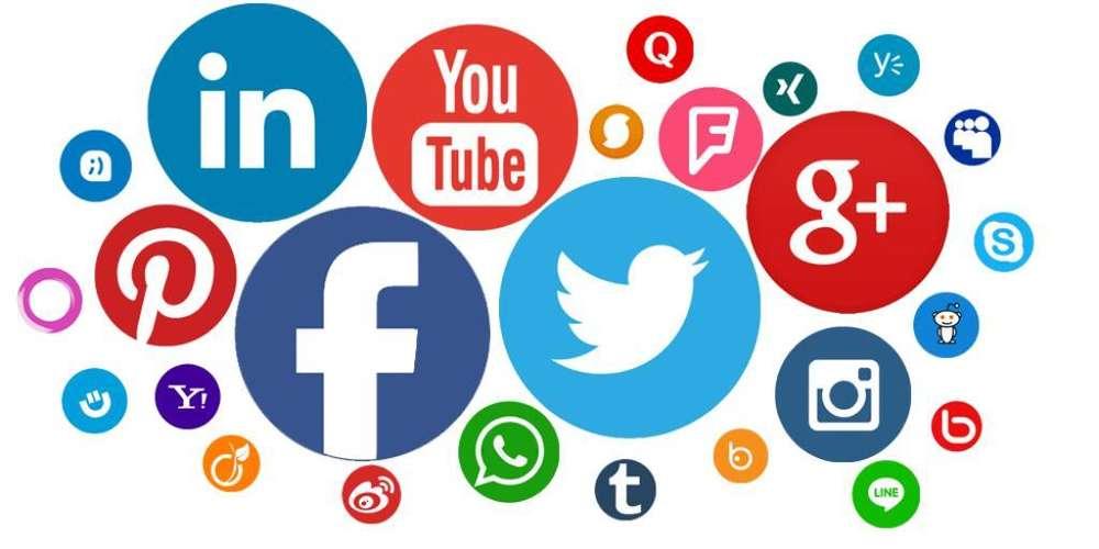 Se Necesita Admon en Redes Sociales