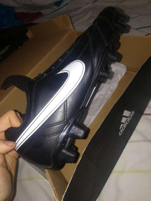 Vendo Chimpunes Nike (no Pasador) Y Caja