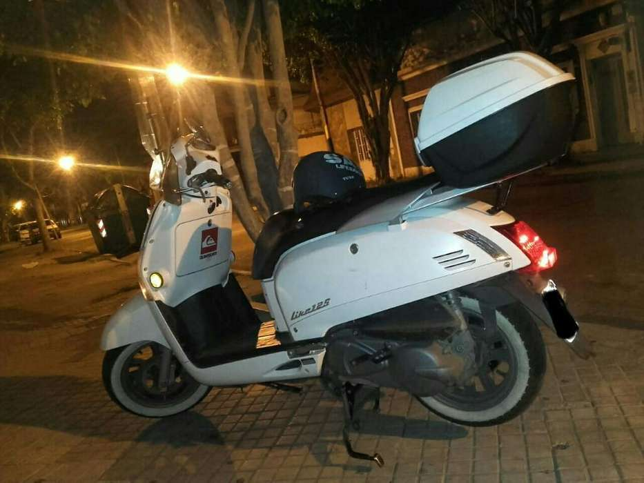 Vendo <strong>scooter</strong> Kymco Like 125