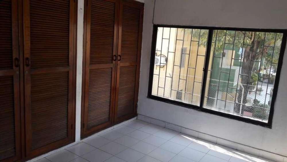 Venta de Casa mas 3 Locales en los Angeles - wasi_1171409