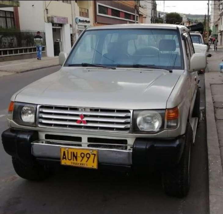 Mitsubishi Montero 1998 - 280 km